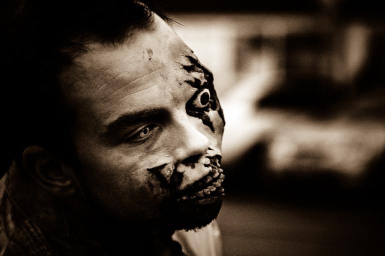 buy-eyed zombie