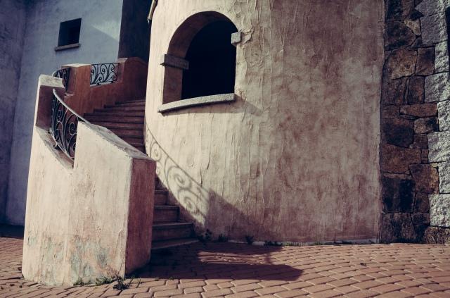 An apartment block entrance at the Borgo Marana in Marinella, Sardinia